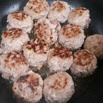 黒豚煮込みハンバーグの手順2